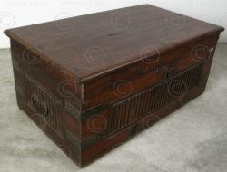 Rosewood box H35Q-00, Chettiar cash box, Tamil Nadu.