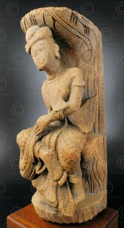 Sculpture de faite de temple BU519. Birmanie du nord.