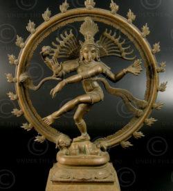 Statue en bronze de Shiva Nataraja 09KB1. Tamil Nadu, Inde du sud.