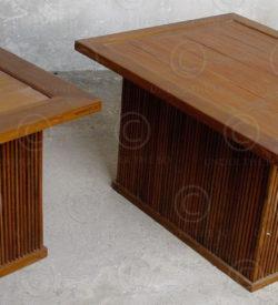 Tables de chevet teck FV3c. Atelier Under the Bo.