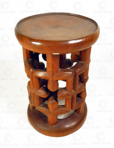 Tabouret style camerounais FV318. Atelier Under the Bo.