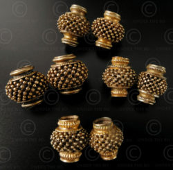 Tamil gold beads BD114A. Tamil Nadu, Southern India.