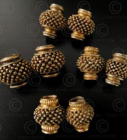 Tamil gold beads BD114A. Tamil Nadu, Southern India.