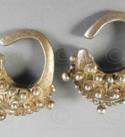 Timor tribal silver earrings E212. Atoni tribe, West Timor island, Indonesia.