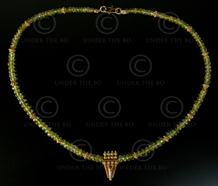 Necklace with tourmaline and gold 526