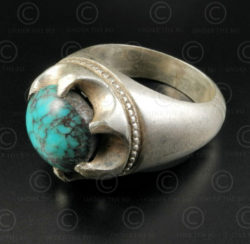 Turquoise and silver ring R288G. Central Asia culture.