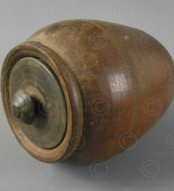 Wooden oil container IN599. Northern India.