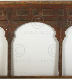Arched window 05Z5C. Lower Swat valley, Pakistan.