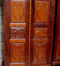 Cupboard C24 Rosewood. India. Mid-20th cent.