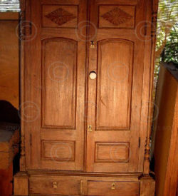 Cupboard L8-98 French colonial India. Rosewood.