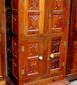 Armoire coloniale V21. Inde.
