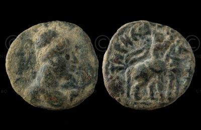 Kushan coin C253E. King Vima Takto. Gandhara.
