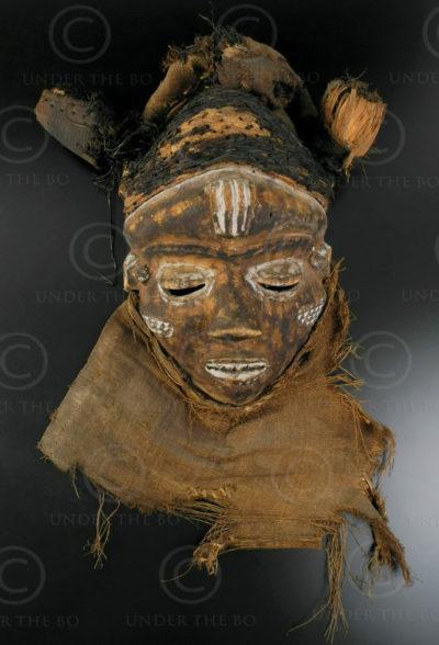 Masque Pendé R2. Culture Pende. Congo (RDC).