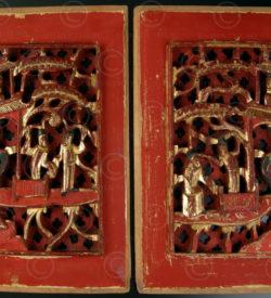 Panneaux Chinois CP26. Bois de camphre laqué et doré. Chine.