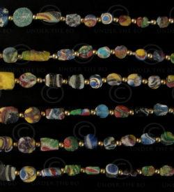 Pâte de verre Gabri SH41B. Début de la période islamique (7ème-10ème siècles). A