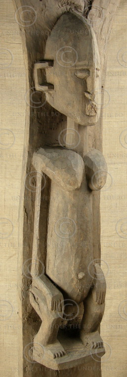 Pilier Dogon MA11. Pilier de toguna. Dogon. Mali, Afrique de l'ouest