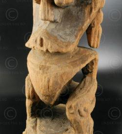 Statue Borneo BO219. Tribu Dayak Bahau, Bornéo.