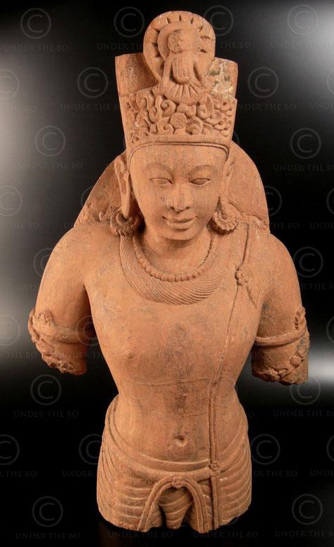 Statue grès Vishnou 08LN18. Dynastie des Gupta, 5ème siècle, Inde du nord.