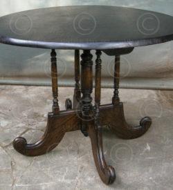 Table de bistrot FV111, Atelier Under the Bo, Thailande.