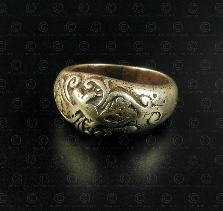 Batak gold ring R307. Batak culture, Sumatra island, Indonesia.