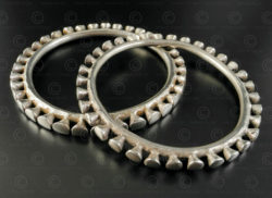 Bracelets argent style Naga B118-9. Style de la tribu Konyak, état du Nagaland, Inde du nord est.