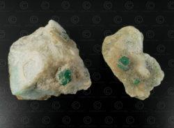 Deux rocs d'émeraudes SW126A. Mines de Mingora, vallée de Swat, nord du Pakistan.