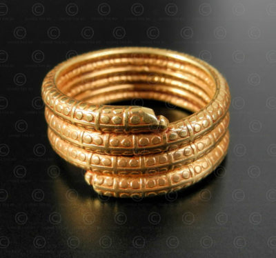 Gold snake ring R305. Contemporary art and crafts of northern India.