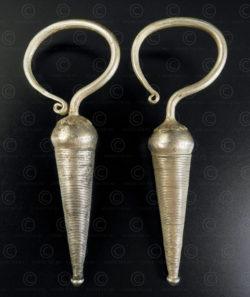 Paire boucles d'oreilles argent Akha E218. Minorité Akha, plateau Shan, Birmanie de l'est.