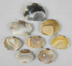 Perles et pendants agates à bandes BD76A, Bactriane, Afghanistan.