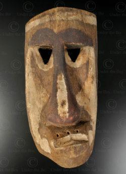 Masque maladie bidayuk BO255. Culture dayak bidayuh, Sarawak, île de Bornéo.