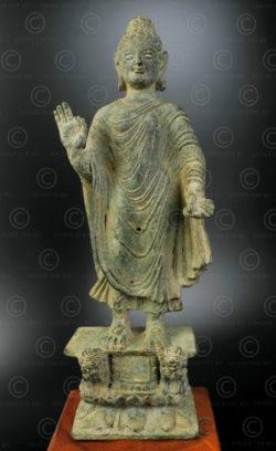 Bouddha bronze Gandhara PK245. Trouvée dans la vallée de Swat, ancient royaume de Gandhara (aujourd'hui au nord du Pakistan).