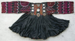 Kohistan jumlo dress KO92C. Tribal areas, Kohistan, Northern Pakistan.
