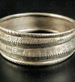 Bracelet hmong argent B231. Minorité Hmong, nord du Laos.