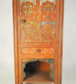 Small Punjab Decorative cupboard FC58. Chiniot area, Punjab, Pakistan.