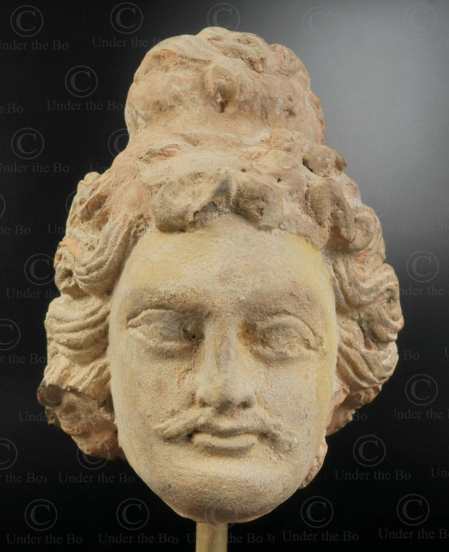 Ancien royaume bouddhiste de Gandhara, trouvée dans la vallée de Swat, nord du Pakistan. Tete bodhisattva Gandhara PK250.
