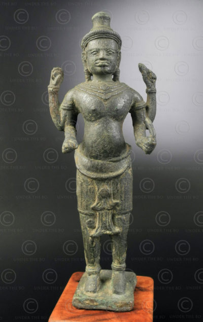 Empire khmer, Cambodge.  Vishnou bronze khmer KM93.
