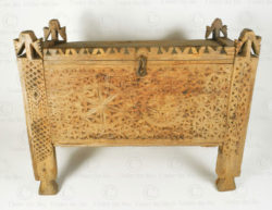 Waziristan antique chest 17F18. Waziristan region, North-Western Pakistan.