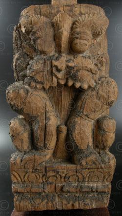 Petit pilier lion IN564. Etat du Tamil Nadu, Inde du sud.