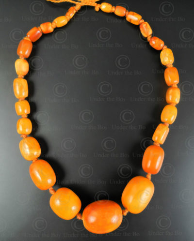 Collier ambre BD298. Inde.