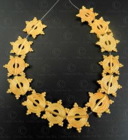Flat gold beads BD296. India.