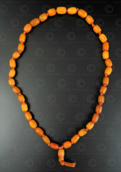Rosaire ambre antique BD299. Inde.