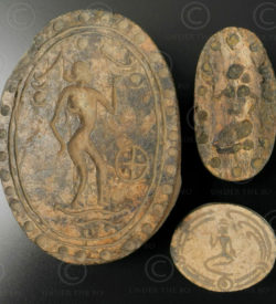 Sceaux Pyu os BU468E. Trouvés dans un pot de terre aux alentours de l'ancienne ville de Pégou (renommée Bago), Birmanie.