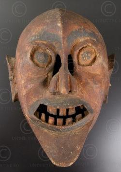 Lantien Yao mask LT30. Lantien Yao minority. Northern Laos or Southern China.