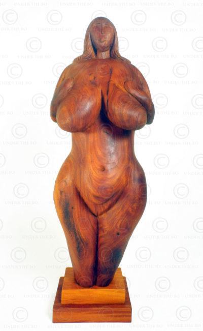 Prehistoric style Venus FV143. Carved at Under the Bo workshop.