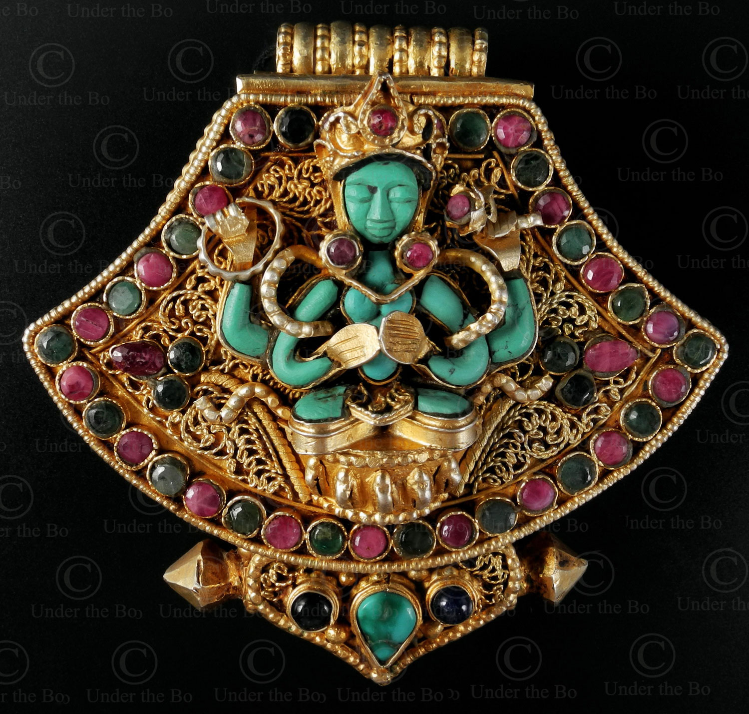 Tibetan Buddhist pendant P151. Contemporary Nepalese work.