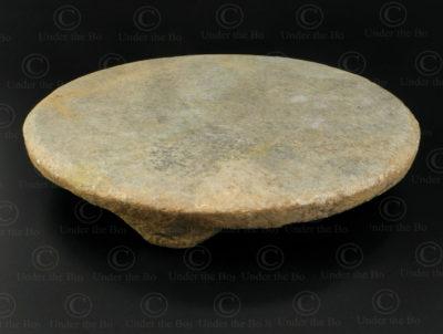 Planche à chapati en marbre IN644. Inde du nord.