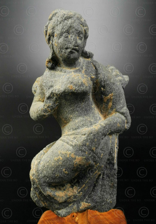 Gandhara schist statuette PK244. Greco-Buddhist art, ancient Gandhara kingdom, today Pakistan.