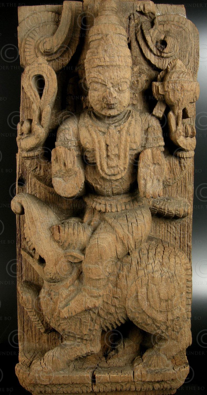 Partie de char de temple hindou 08DD13E .État du Kerala Inde du sud.