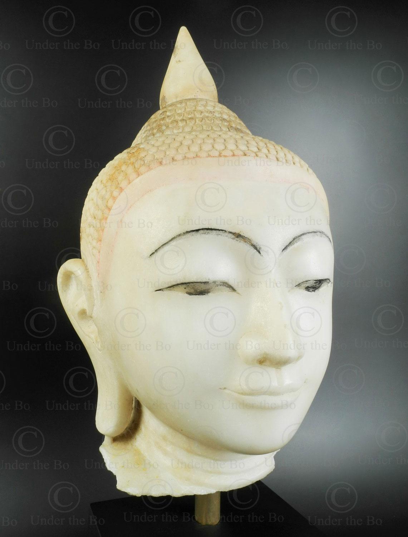 Tête de Bouddha en marbre BU574 .Style d'Ava, région de Mandalay, Birmanie du nord.