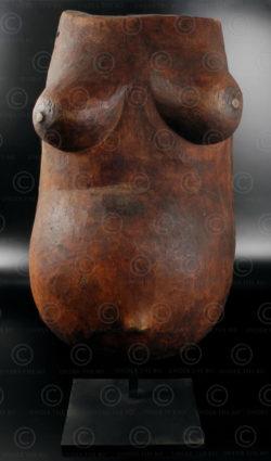 Makonde body mask 12OL10B. Makonde culture, South Tanzania or NorthEast Mozambique.